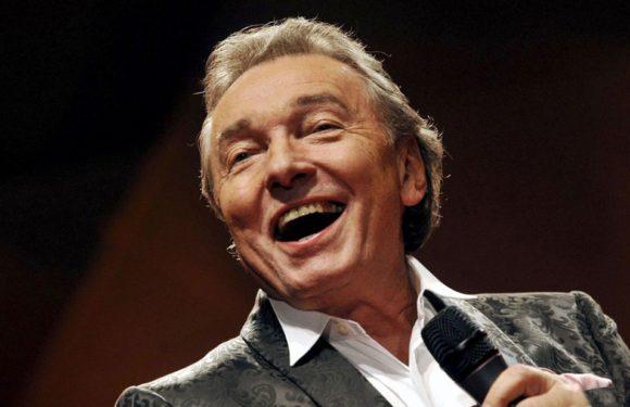 Karel Gott отменил юбилейный концерт по состоянию здоровья