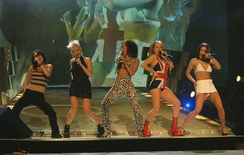 Мел Би переспала с коллегой по Spice Girls