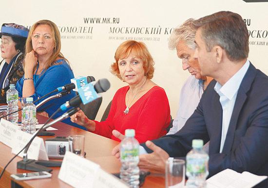 Подробности скандала с Татьяной Дорониной раскрыли артисты МХАТа