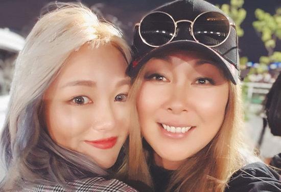 Анита Цой объявлена лучшим коллаборантом блогеров