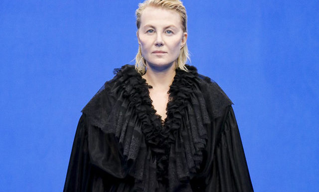 Неделя моды в Париже: Рената Литвинова и Белла Хадид на показе Balenciaga