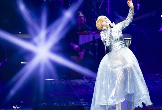 Ольга Кормухина на юбилейном концерте показала зрителям, «где начинается свет»