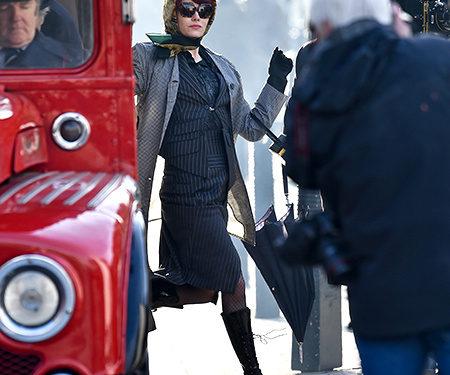 Эмма Стоун в образе молодой Круэллы де Виль на съемках приквела «101 далматинца»