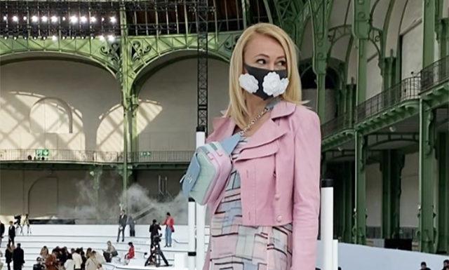 Неделя моды в Париже: Яна Рудковская (в маске), Изабель Аджани, Джиджи Хадид на показе Chanel