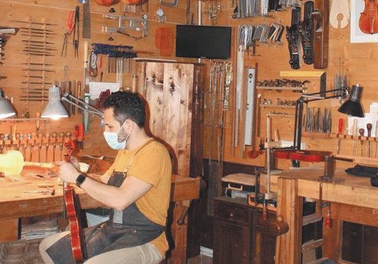 Производство знаменитых скрипок Страдивари под угрозой исчезновения